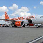Airbus A319 easyJet reg G-EZAU
